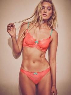 Elsa Hosk (34)
