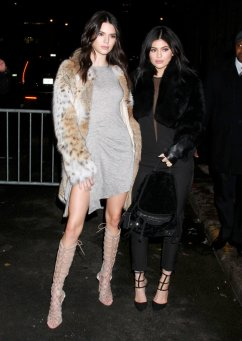 Kendall Kylie Jenner (13)