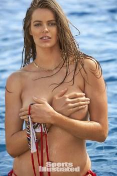 Robyn Lawley (32)