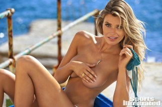 Samantha Hoopes (27)