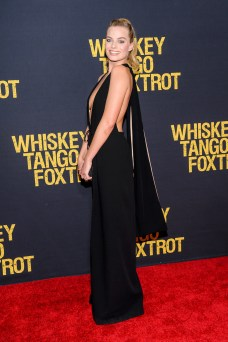 Margot Robbie (25)