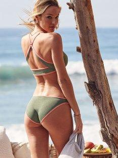 Candice Swanepoel (25)