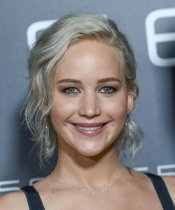 Jennifer Lawrence (18)
