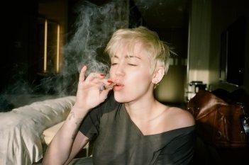 Miley Cyrus (23)