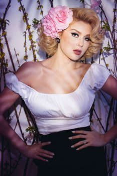 Renee Olstead (196)