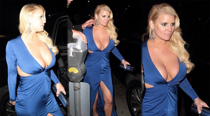 Jessica Simpson – Cleavage Candids in Beverly Hills