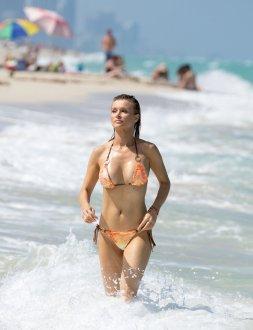 Joanna Krupa (4)