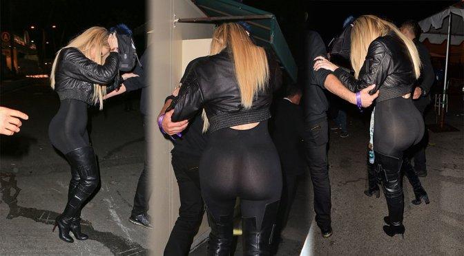 Khloe Kardashian – Candids in Pasadena