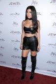 Kourtney Kardashian (11)