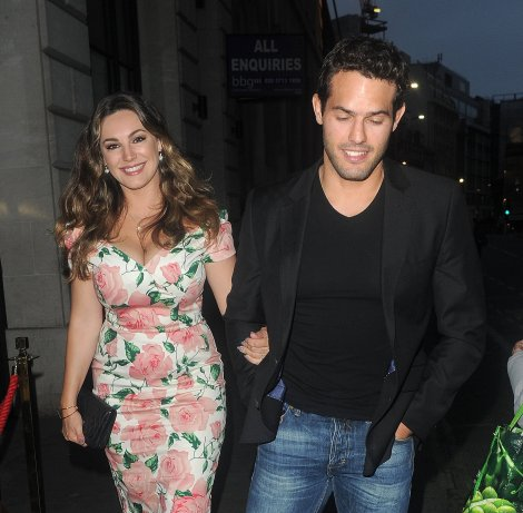 Kelly Brook (25)