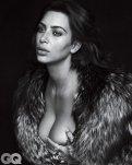 Kim Kardashian (2)