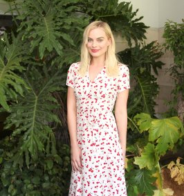 Margot Robbie (19)