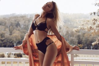 Maya Stepper (26)