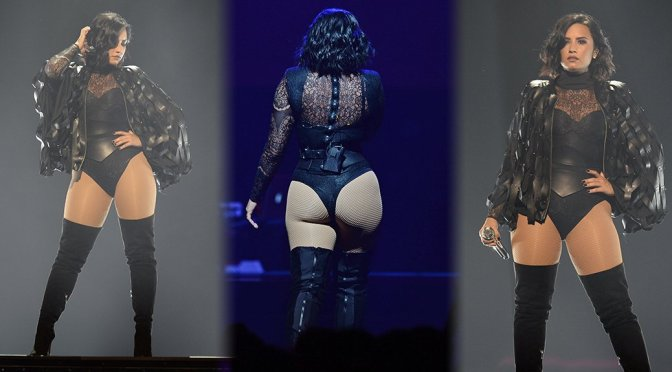 Demi Lovato - Performs Live in Florida