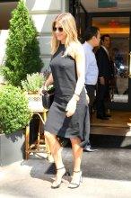 Jennifer Aniston (20)