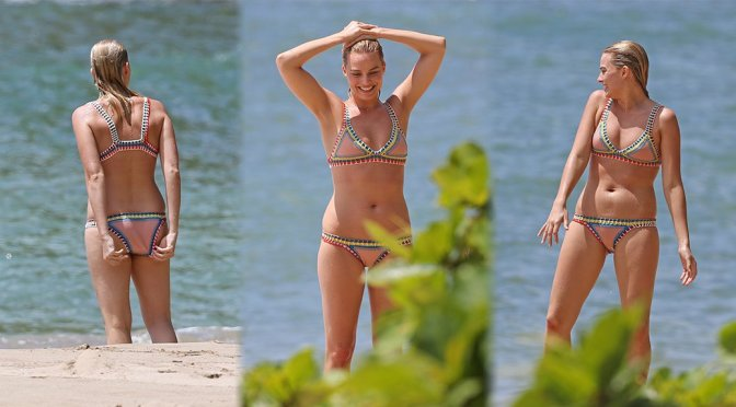 Margot Robbie – Bikini Candids in Hawaii