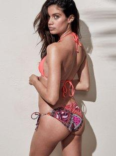 Sara Sampaio (45)