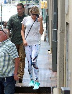 Taylor Swift (9)