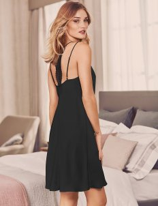 rosie-huntington-whiteley-11