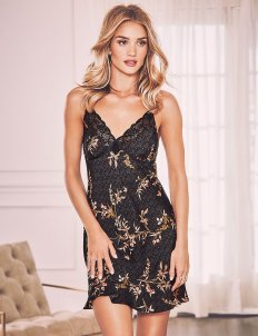 rosie-huntington-whiteley-8