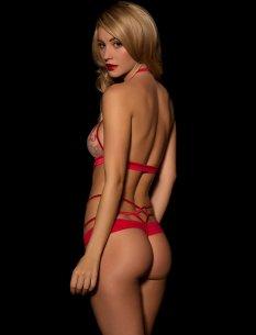 Bryana Holly (28)