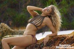 Hailey Clauson (45)