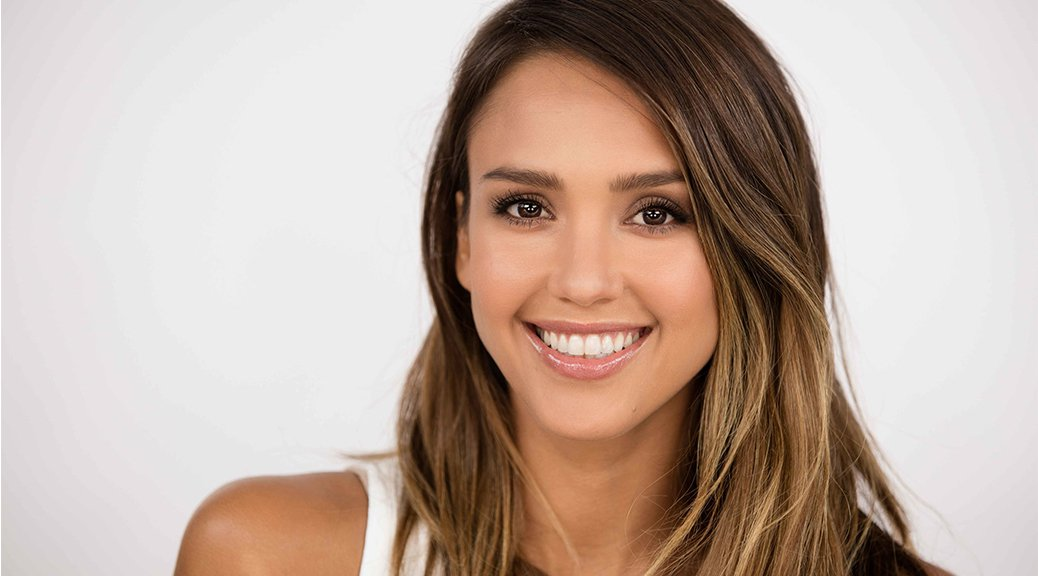 "Jessica Alba - Honest Beauty ""Girls Night Out""  Photoshoot"