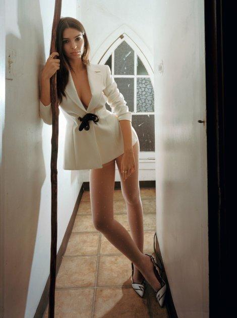 Emily Ratajkowski sexy in skimpy white dress showing off legs and boobs