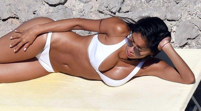 Nicole Scherzinger – Bikini Candids in Capri