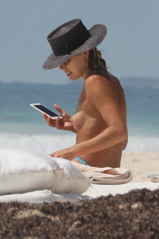 ashley hart topless
