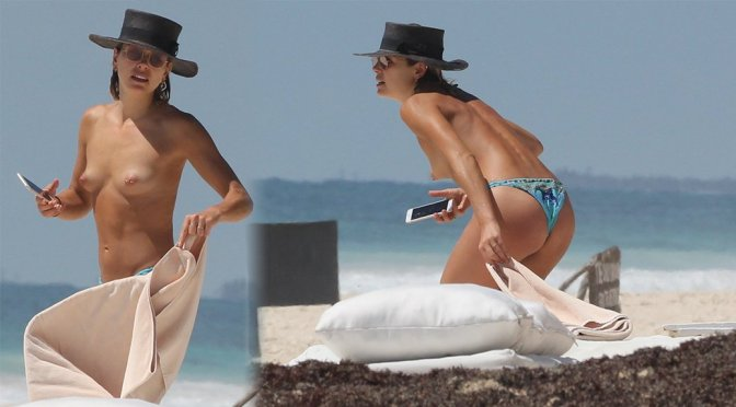 Ashley Hart – Topless Candids in Tulum