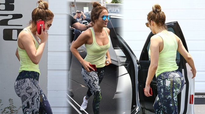 Jennifer Lopez – Candids in Miami