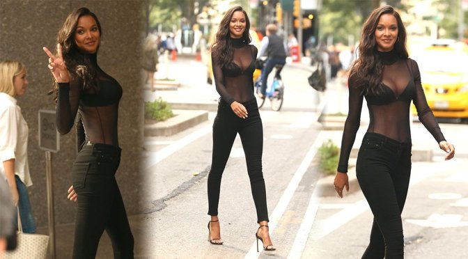 Lais Ribeiro – Candids in New York