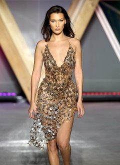 Bella Hadid Sexy Catwalk