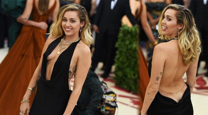 Miley Cyrus Braless Boobs