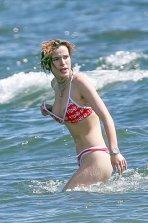 Bella Thorne Boob Slip ()