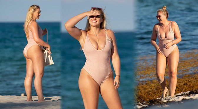 Iskra Lawrence – Swimsuit Candids in Miami Beach