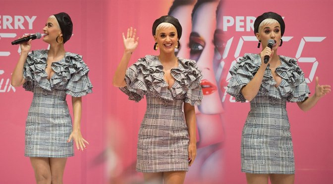 Katy Perry at Myer Store in Adelaide