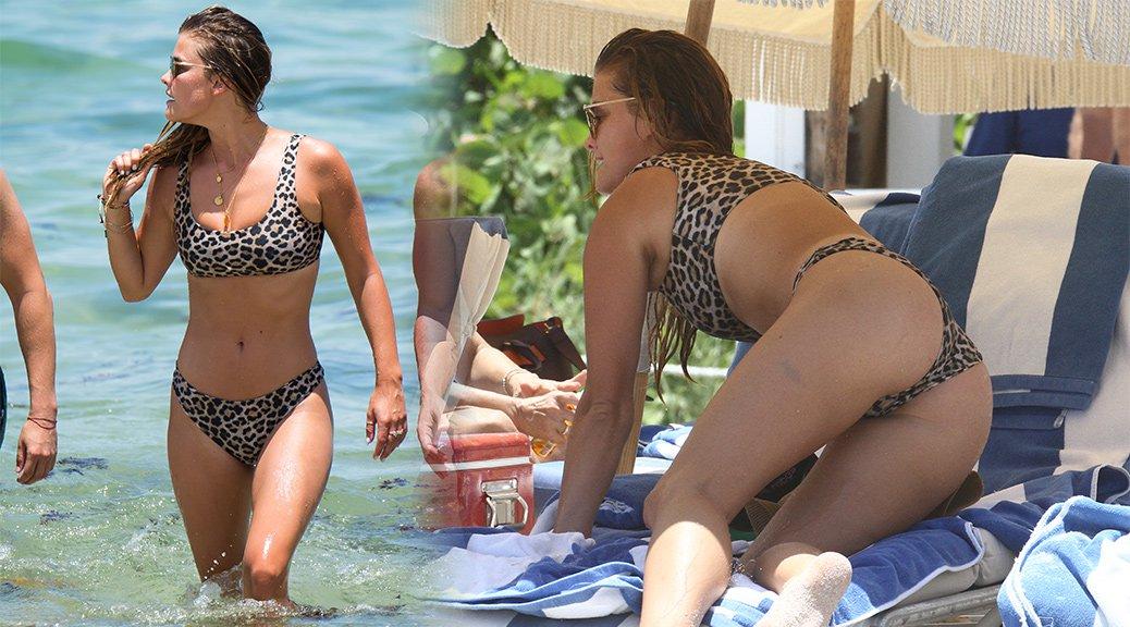 Nina Agdal - Bikini Candids in Miami Beach