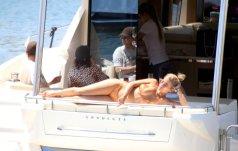 Rita Ora Sexy Bikini