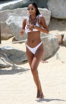 Lais Ribeiro Sexy Bikini On Beach In Mexico