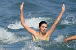 Kendal Jenner Sexy Bikini At Beach