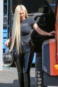 Kylie Jenner Sexy Curvy Body