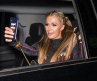 Paris Hilton Pantyless Upskirt