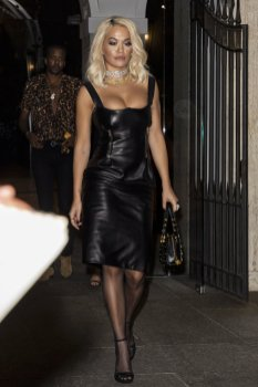 Rita Ora Big Cleavage