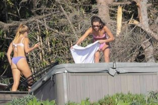 Bella Hadid Bikini In Hot Tub