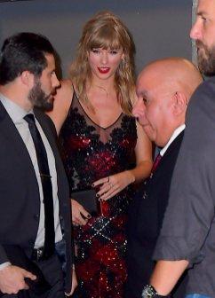 Taylor Swift Sexy