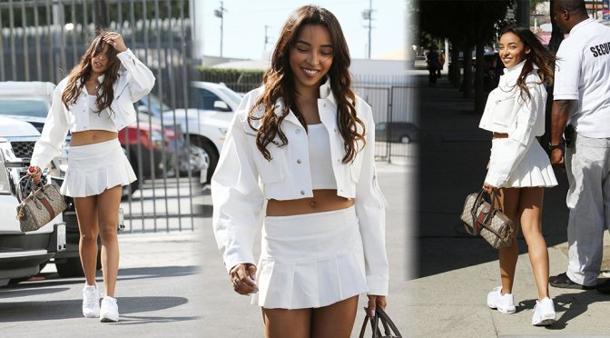Tinashe Sexy Legs And Beautiful Smile
