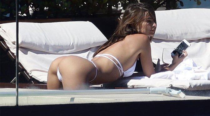 Emily Ratajkowski – Tiny White Bikini Candids in Sydney
