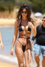 Emily Ratajkowski Perfect Body In Tiny Bikini